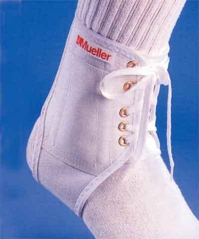 Mueller Max Flex Ankle Brace